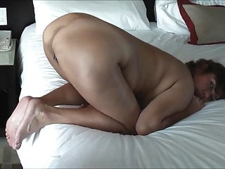 MATURE ASIAN WIFE FUCK GRANDA